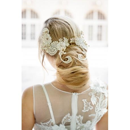 Lace bride fascinator