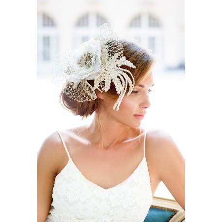 Vintage style bridal veil