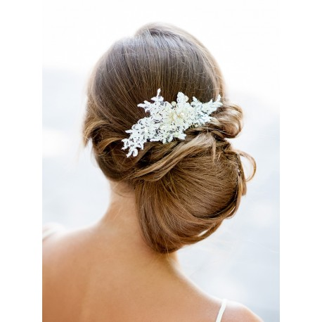 Bridal lace hair comb