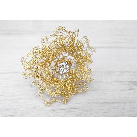 Unique wedding pearls hairpins