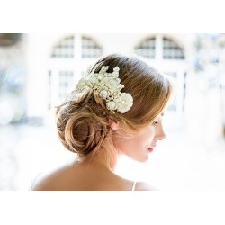 Vintage style champagne lace hair accessory
