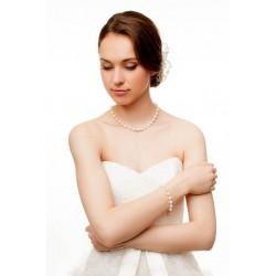Vintage style classic wedding pearls set