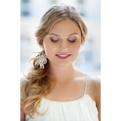 Handcrafted bride pearls earrings