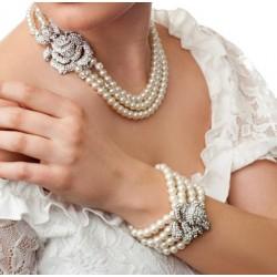 Crystal pearl bridal bracelet