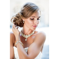 Chunky bridal necklace