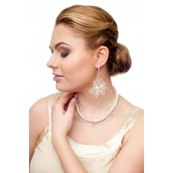 Handmade bridal pearl necklace